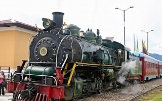 Colombian Steam Train Experience