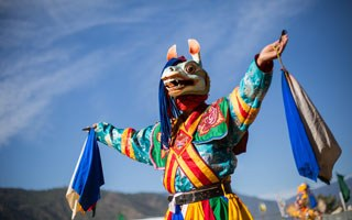 What are the top 10 things to do in Bhutan?