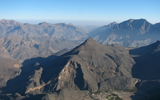 Trekking the Omani Hajar