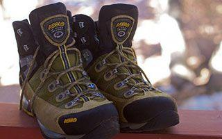 Everest Base Camp – Boots 'n All