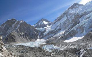 Everest Base Camp: Trek Target… or Marathon Starting Line?