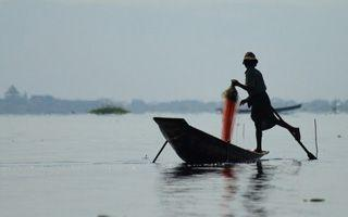 Gems of Burma – Inle Lake